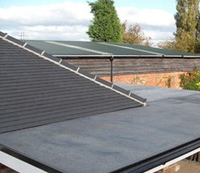Flat roof on house extension